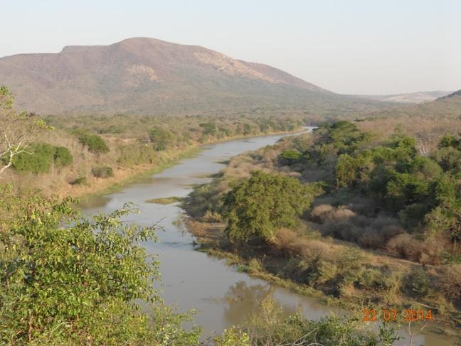 Durban Safari, Hluhluwe River in Winter