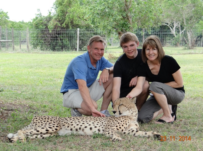 Emdoneni, my clients with a Cheetah on our Durban 3 Day Safari Tour