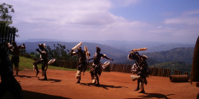 Durban day tour, Zulu dancing