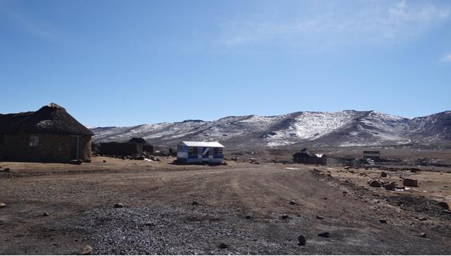 Drakensberg tour; Snow in Lesotho