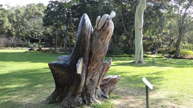 Durban city tour; Sculpture depicting the Sardine run