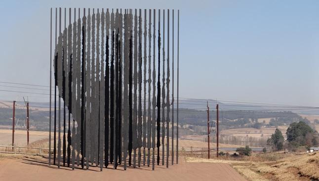 Durban midlands tour; Mandelas face edged in Steel