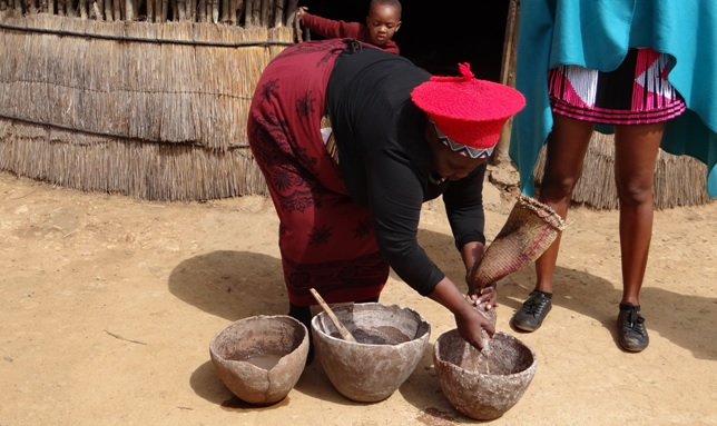 Shakaland tour; Making of Zulu Beer, Umqomboti
