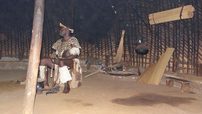 Durban safari; Zulu hut