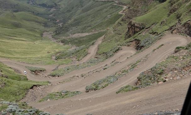 Drakensberg tour; Drakensberg trecherous sani pass